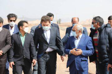 حضور استاندار و نمایندگان مردم کرمان و راور در شهر چترود و دیدار با مردم و بازدید از پروژه های عمرانی